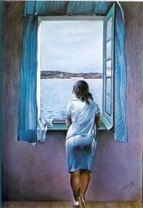rapariga de pé à janela DALI