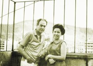 PG-4-Iberê-e-Maria-no-ateliê-da-Rua-das-Palmeiras-Rio-de-Janeiro-1971.-Acervo-Documental-da-Fundação-Iberê-Camargo