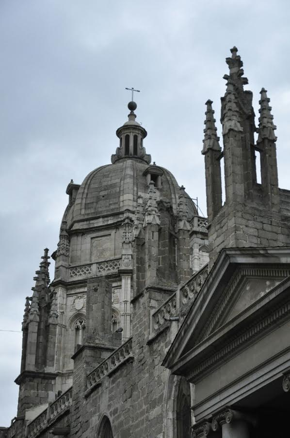 o teto da igreja lindo