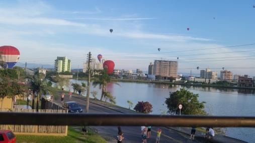 balões na lagoa 2018