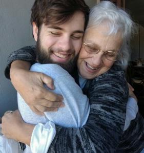 Abraçando o João