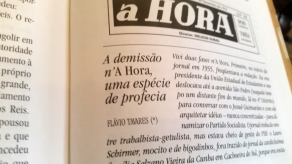 a HORA DEMISSÂO