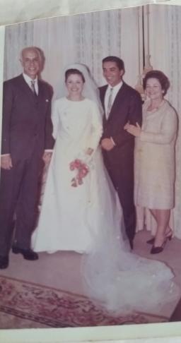 foto da Suzana com o pai e a mãe