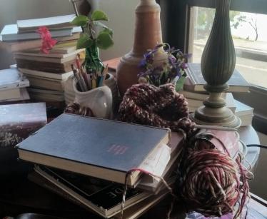trico livros e buganvílea