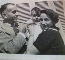 Érico Veríssimo e a mãe e um bebê