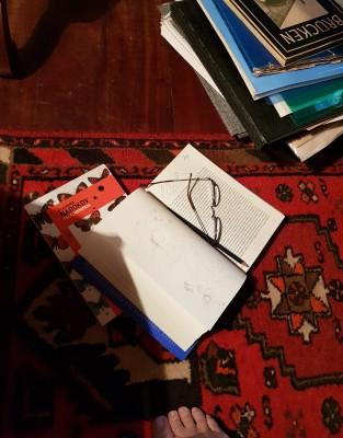 livro dos rabiscos no chão 2