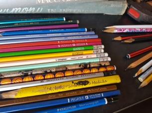 COLEçÂO apenas lápis adorei